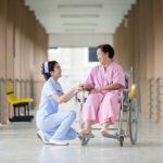 大手チェーンと中小で働いた薬剤師が教える、調剤薬局での服装!