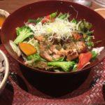 大戸屋の『バジルチキン』は野菜たっぷり低カロリーでダイエット中にもおすすめ!